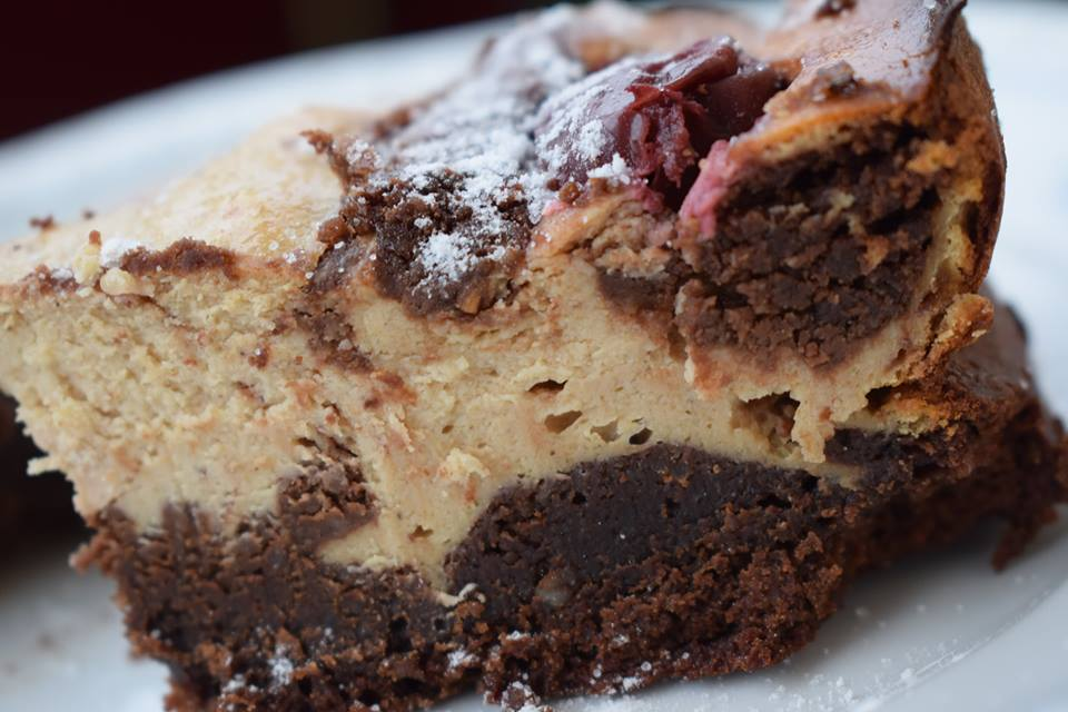 Brownie-Käsekirschkuchen